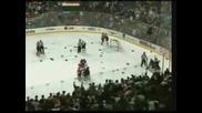 Масов бой на хокеен мач...много кръв, много нещо