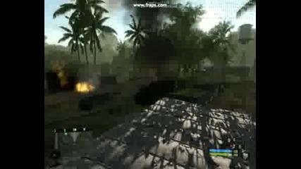 Мощни взривове на сгради и превозни средства в Crysis.