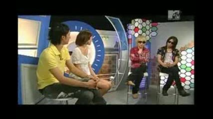 The Gazette ~ Ruki & Aoi en Mtv Japan