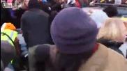 Шофьор гази протестиращи
