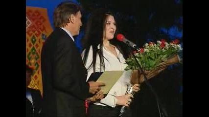 Нончо Воденичаров награждава Силвия - 2007