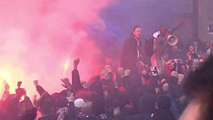 UK: Paris Saint-Germain fans rally ahead of Manchester United match