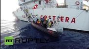 Италия: 381 емигранта са били пресрещнати от италиянската брегова охрана