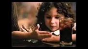 Реклама На Pepsi Момиче Имитира Кръстника