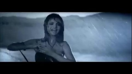 [превод] Selena Gomez - A Year Without Rain - Official Music Video