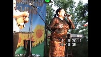 Динка Русева-концерт Раднево 2011г.