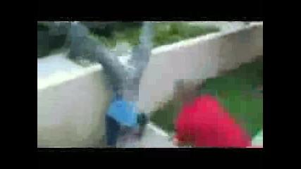 Удар С Бухалка По Члена