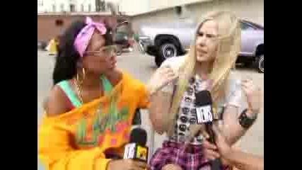 Интервю С Avril Lavigne И Lil Mama