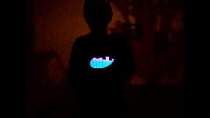 Тениска Еквалайзер