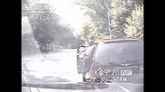 Полицай спасява жена от задущаване
