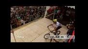 Световен рекорд - скачане със колело 1.42м