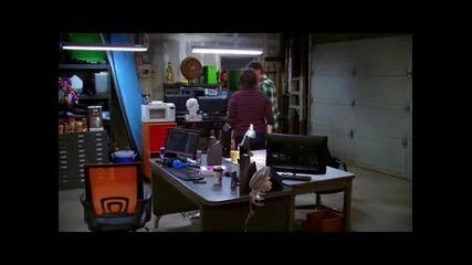 Уолдън и Бари танцуват и пеят на песента на Robin Thicke - Good Girl