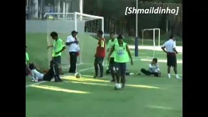 Роналдиньо страхотни трикове във Фламенго