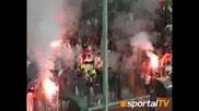 Червените  ултраси избухнаха при гола на Котев