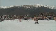 Russia: Will these SWIMWEAR skiers set new record?