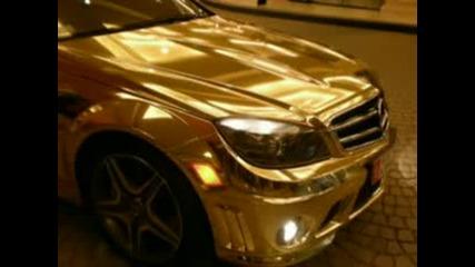 Кола направена изцяло ог злато