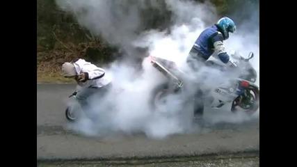 Търкане на гуми с мотор