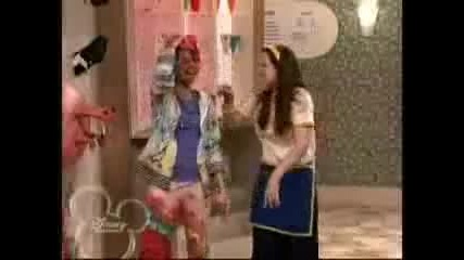 Wizards of Waverly Place - Crazy funky junky hat