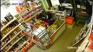 Въоръжен грабеж в София(ВИДЕО)