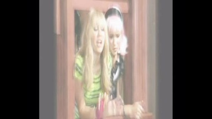 Miley Cyrus and Emily Osment/hannah and Lola