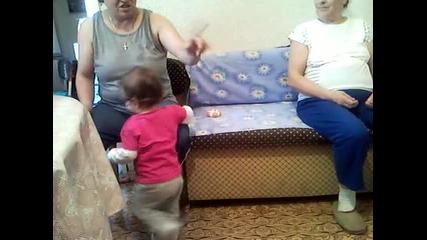 Мики в баба