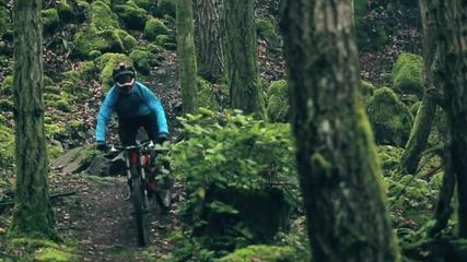 Eкстремно спускане с колело на остров Ванкувър