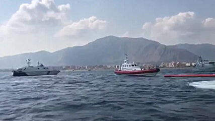 Italy: Migrants jump overboard from 'Open Arms' to swim to Sicily coast