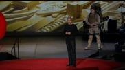 Ейтор Бендер демонстрира човешки екзоскелети
