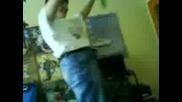 Селянин Танцува На Stil Dre.смях :d