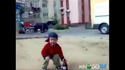 пияно 4 годишно дете
