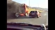 Saxo vs. Scania 1000ps