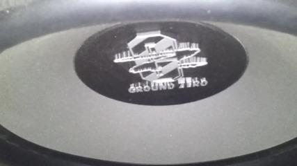 Ground Zero Titanium Gztw 38tx в моята стая (box: sealed - 70 L)