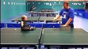 Бъдещ шампион на тенис на маса