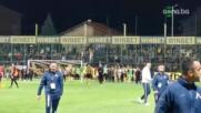 Ботев празнува победата със своите фенове