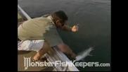 Голяма Риба Уловена В Африка