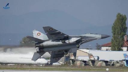 """Висш пилотаж на Миг-29 от Ген. Р. Радев - Авиошоу - """" Това сме ние"""" ( Full Hd )"""