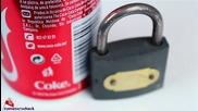 Как да отворите катинар с кутийка от Кока Кола