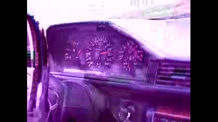 Mercedes E500 - chochone 260 Km/h