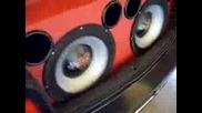 звярска музика в ауди а3 чупи диск