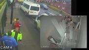 Двама пенсионери барикадират крадец в супермаркет
