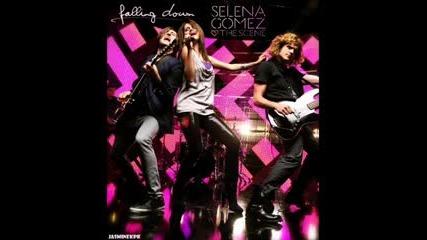 Превод!!! Selena Gomez - Falling Down