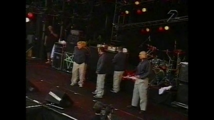 Bloodhound Gang - The Bad Touch (live Hultsfred 1999)