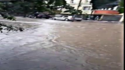 Градушка с размерите на орех в Търговище, проливни дъждове на много места