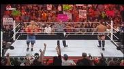 Фенове хварлят тениската на Сина обратно - Raw 8 22 11 :d:d