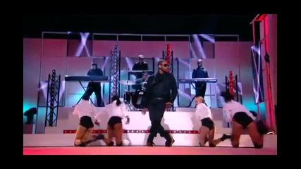 Usher - Omg ( L I V E )