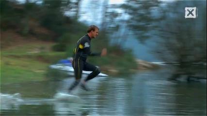 Човек бяга по вода !!!
