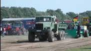 Руски камион Краз 255 демонстрира мощ