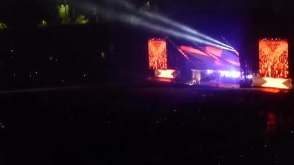Eminem - Berzerk ( live at the Monster tour 2014 )