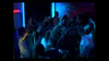 Kanye West - Stronger Live(mtv Vma 2007)