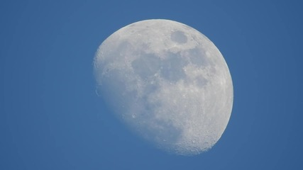 Да видим луната отблизо с Nikon coolpix P900 83x оптичен zoom